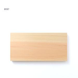 0187 / 686g